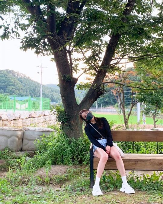 정유미, 37세의 깜찍함…늘씬 각선미 '눈길'
