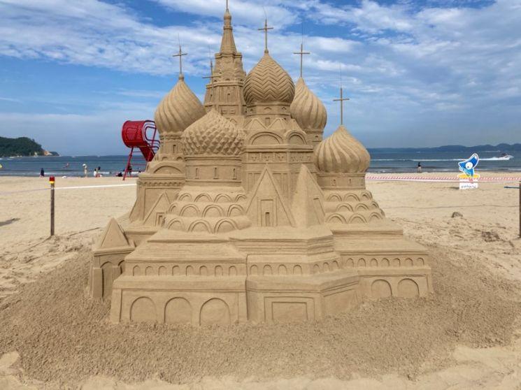 포항시, 영일대해수욕장서 '세계 명물' 모래조각 작품展