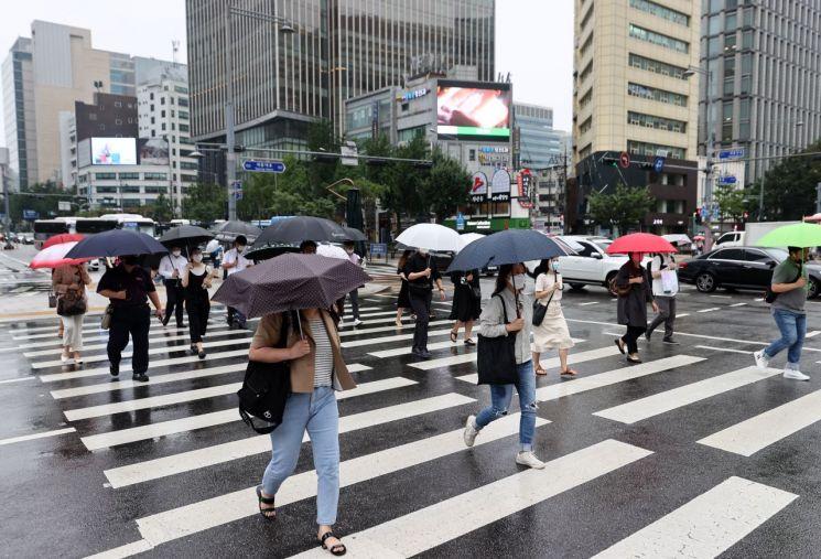 입추인 7일에도 전국이 흐리고 비가 오겠다. [이미지출처=연합뉴스]
