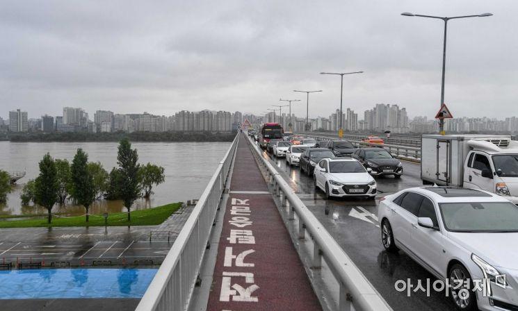 서울의 월요일 아침, 교통대란 없었다