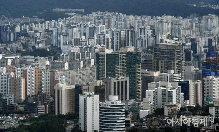 서울 여의도 63전망대에서 바라본 마포구 아파트단지 모습./김현민 기자 kimhyun81@