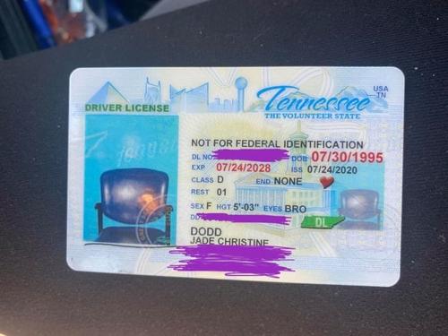 ▲  테네시주에 거주하는 제이드 도드가 발급받은 운전면허증. [ 사진 출처 = 제이드 도드 페이스북 ]