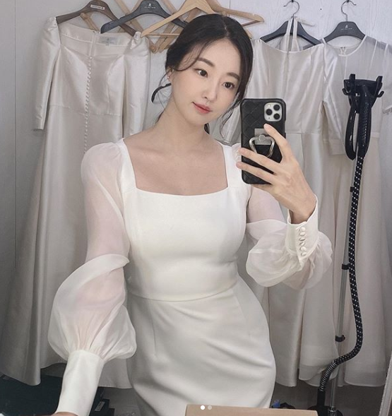 배우 김사랑. 사진=김사랑 인스타그램 캡처.