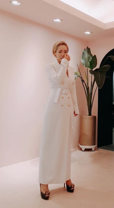 """""""뉴욕을 재해석하다"""" 파슨스 디자인스쿨 출신 디자이너 희라원의 패션 브랜드 '워독'"""