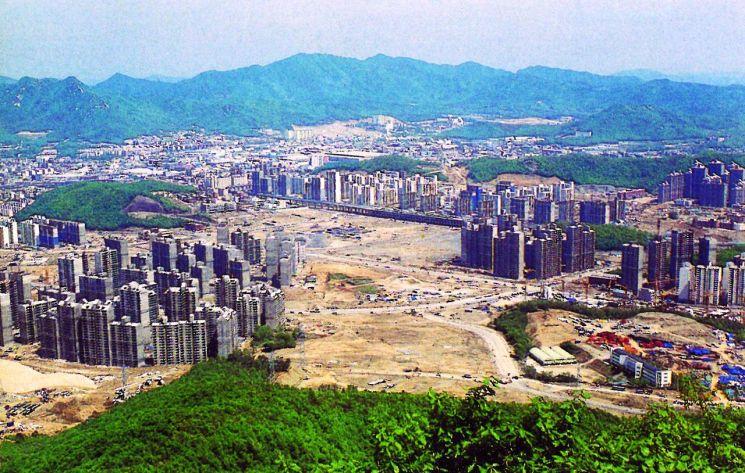 건설 중인 일산 신도시 전경. [사진=한국 시멘트협회]