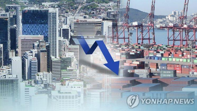 이주열 한국은행 총재는 극단적 저축 성향을 가진' 슈퍼세이버'가 늘어날 경우 수요를 위축시켜 물가를 낮출 가능성이 있다고 설명했다. / 사진=연합뉴스