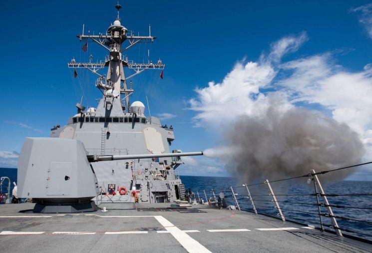 해군 함포의 공장에서는 국력이 생산됐다