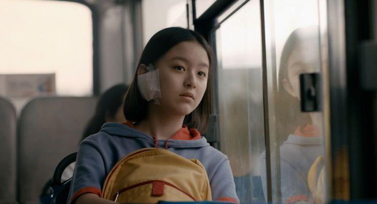 지난해 8월 개봉한 영화 '벌새' 스틸컷. 지난달 한국영화감독조합이 발표한 '벡델초이스10'에 선정됐다/사진=네이버 영화