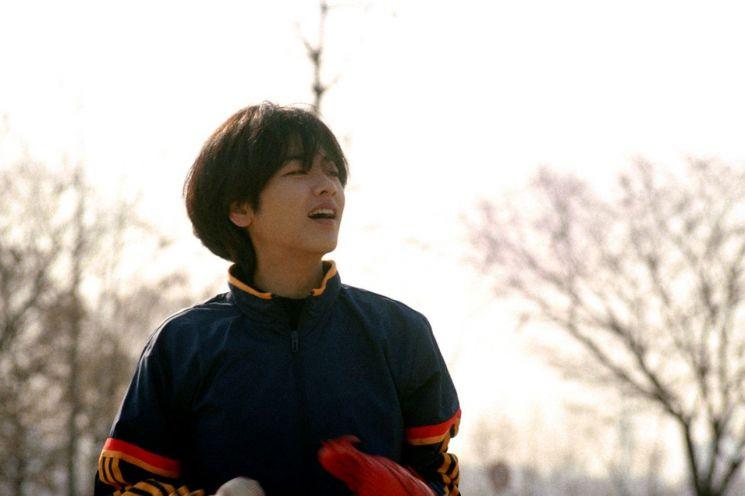 지난 6월 개봉한 배우 이주영 주연의 영화 '야구소녀' 스틸컷. 지난달 한국영화감독조합이 발표한 '벡델초이스10'에 선정됐다/사진=네이버 영화