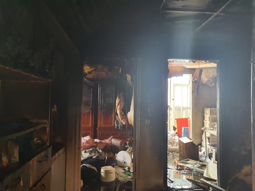 인천 미추홀구소방서에 따르면 지난 14일 미추홀구 빌라에서 초등학생 형제가 라면을 끓여 먹다 화재를 일으켰다. 사진은 인천소방본부 제공./사진=연합뉴스
