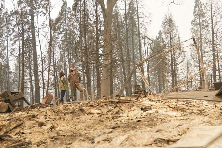 ▲카멀라 해리스 민주당 부통령 후보가 캘리포니아주 화재 현장에서 찍은 사진 (출처=카멀라 해리스 의원 페이스북)
