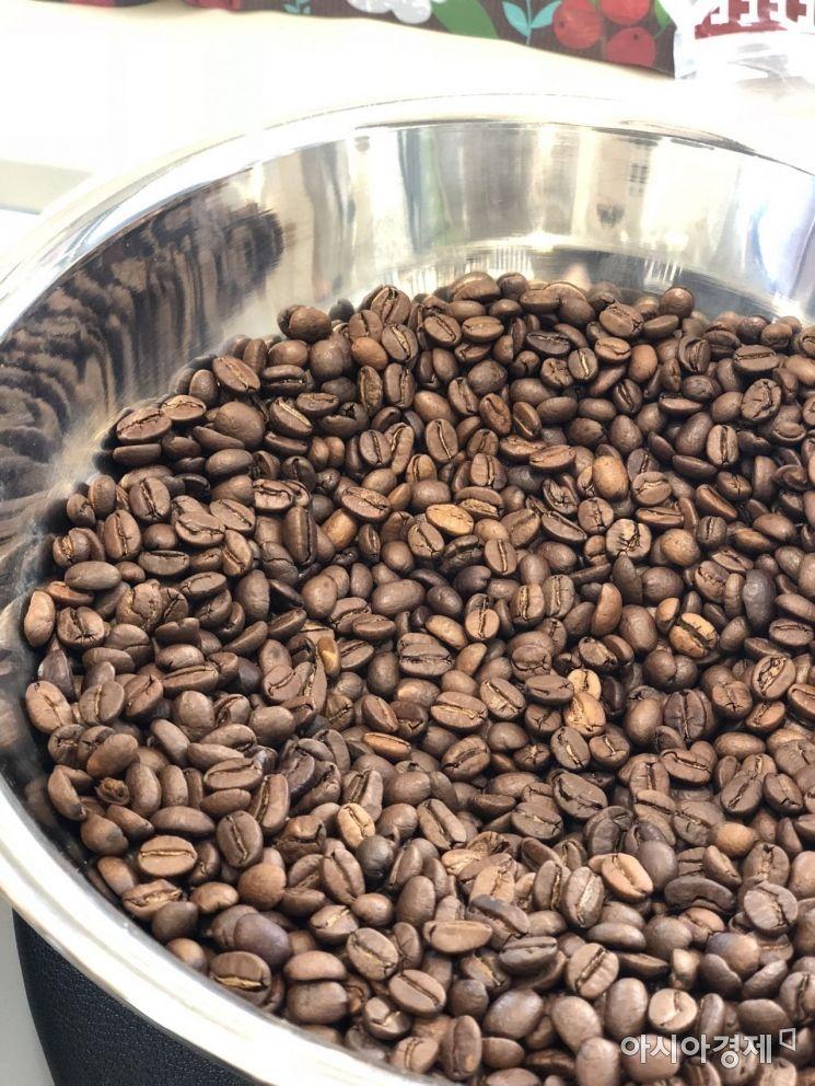 [드링킷]고품격 커피를 즐기는 '커피 공장'(인터뷰)
