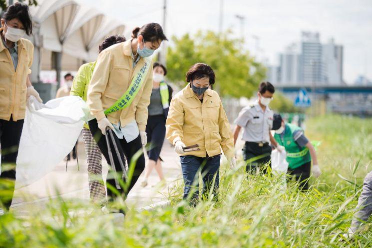 광진구의회, 중랑천 환경지킴이 나서