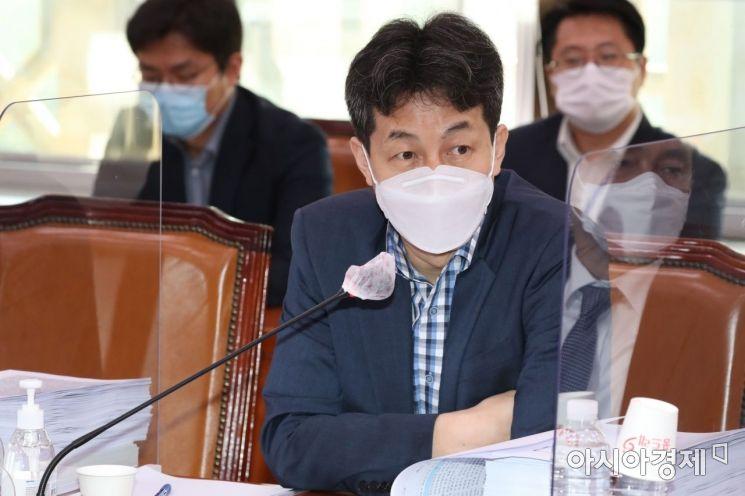 [포토] 발언하는 윤건영 의원
