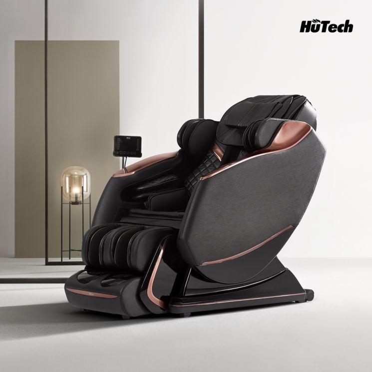 '끼임 방지 시스템'과 '차일드락' 기능이 모두 탑재된 휴테크 안마의자 ES9 블랙