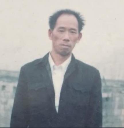 샹밍치엔의 아버지. 사진=유튜브 캡처.