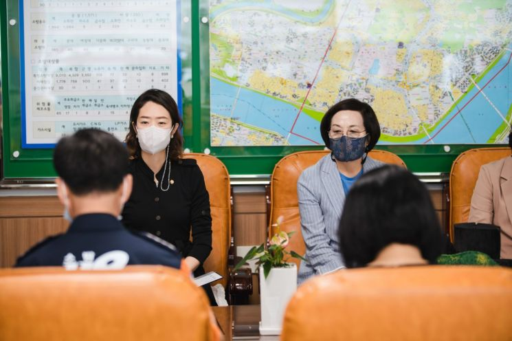 광진구의회, 추석연휴 구민안전 지키는 광진소방서 격려방문