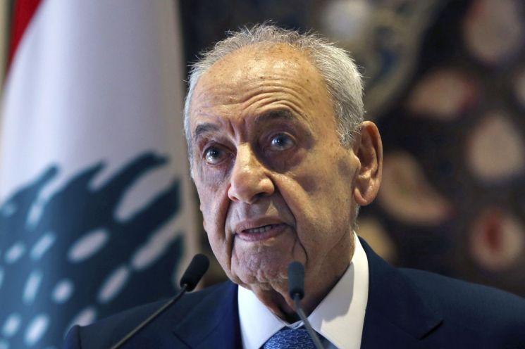 나비 베리 레바논 국회의장이 1일 이스라엘과의 협상을 발표하는 기자회견을 하고 있다. [이미지출처=AP연합뉴스]