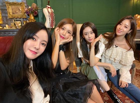 그룹 티아라. 사진=지연 인스타그램