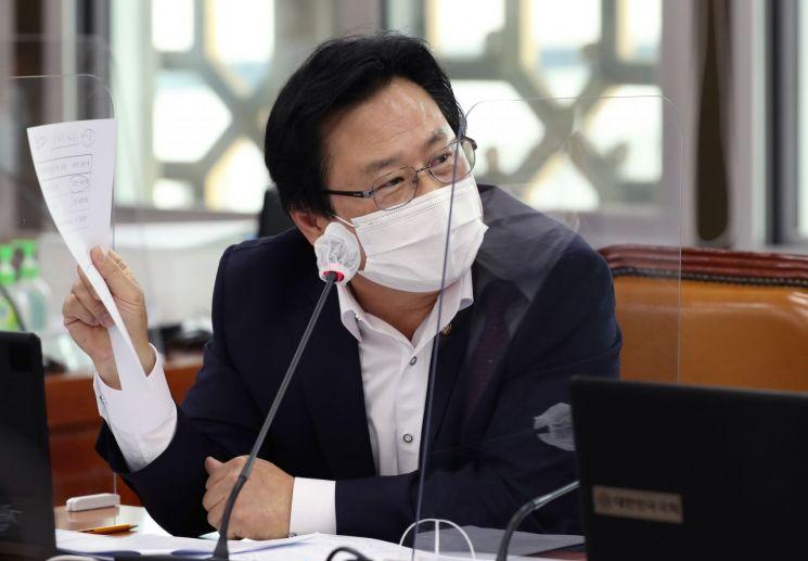 강기윤 의원. [이미지출처=연합뉴스]