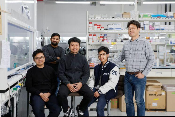 장성연(우단) 교수 연구팀