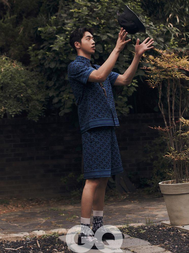 배우 남주혁