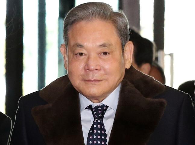 이건희 삼성그룹 회장이 25일 서울 일원동 삼성서울병원에서 별세했다. 향년 78세. 연합뉴스