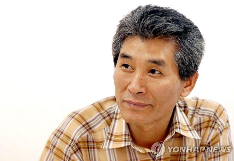 강준만 전북대학교 신문방송학과 교수 [이미지출처 = 연합뉴스]