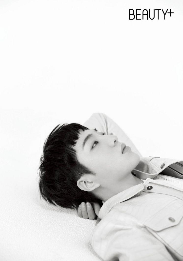 가수 겸 배우 강승윤