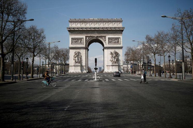 올해 3월 봉쇄 당시 프랑스 파리 모습 [이미지출처=로이터연합뉴스]