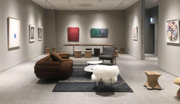 에이스침대가 에이스에비뉴 청담점에서 'First Exhibition' 전시회를 연다. [사진=에이스침대]