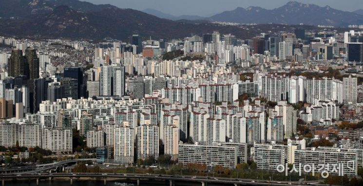 63빌딩 전망대에서 바라본 서울 아파트 모습./김현민 기자 kimhyun81@