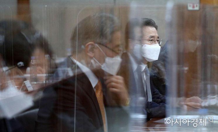 [포토] 모두 발언하는 김용범 기재부 1차관