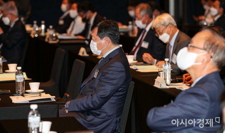 [포토]한일경제인회의 참석한 신동빈 회장
