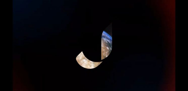 점프의 새 브랜드이미지를 담은 티저영상에서 '뫼비우스의 띠'를 연상시키는 알파벳 J 안으로 지구의 모습이 비춰지고 있다.