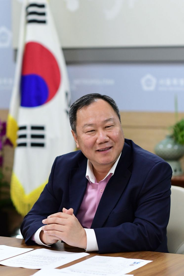 [포토]서울시의회, 제5회 대한민국 지방자치 정책대상 '의정부문' 수상