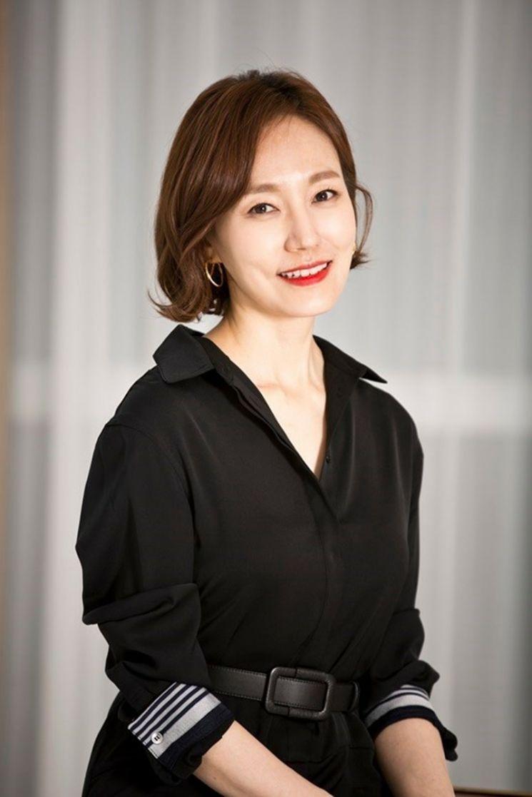 배우 진경. 사진=YG엔터테인먼트 제공.