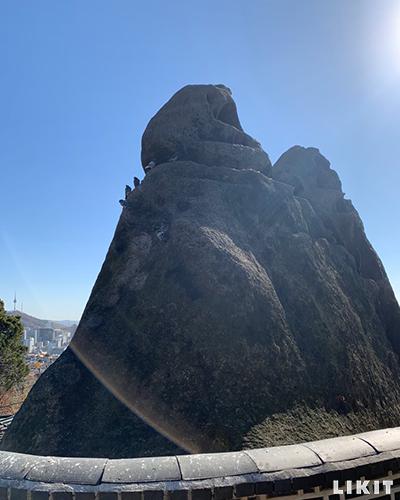 인왕산 선바위