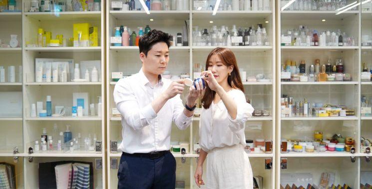 융합기술 꽃피우는 한국콜마…글로벌 온니원 제품 만든다