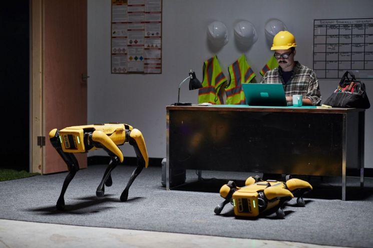 보스턴 다이내믹스의 4족 보행 로봇 스팟