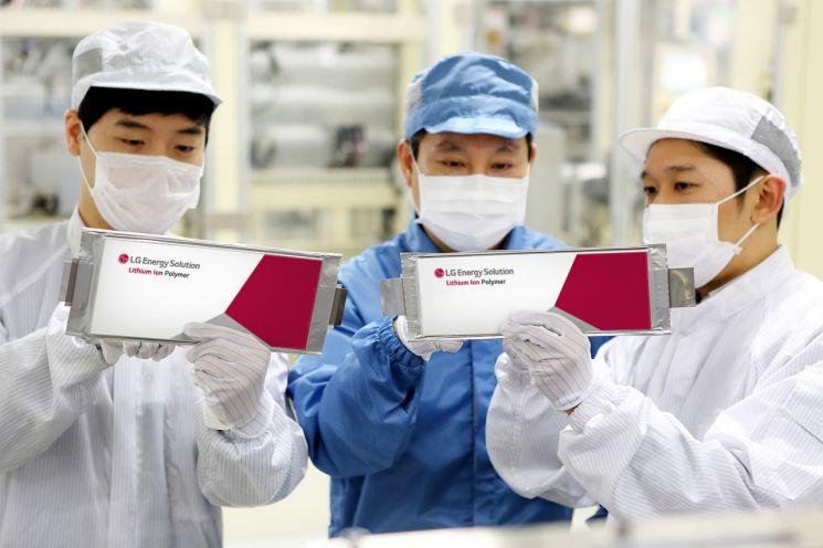 LG에너지솔루션 오창공장 생산 라인