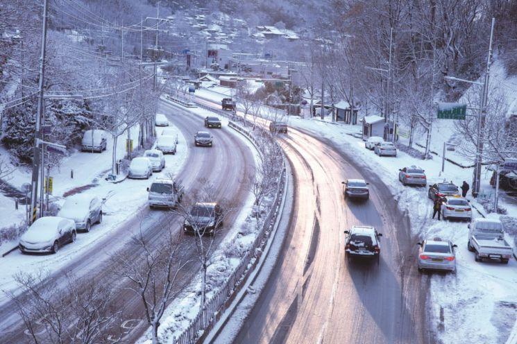 [보험 인싸되기]'나이롱 논란' 車사고 경상환자…다른 나라는 어떻게