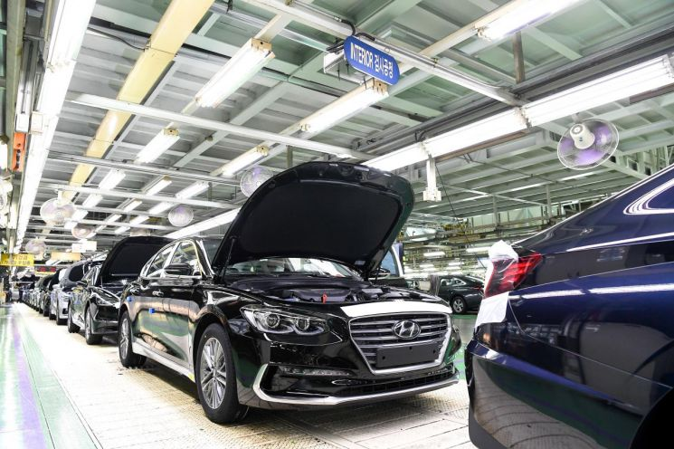 현대차, 車반도체 수급난에 멈췄던 아산공장 생산재개