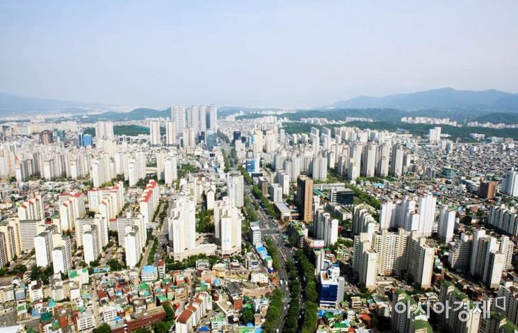 대구시 수성구 아파트 밀집지역 전경.