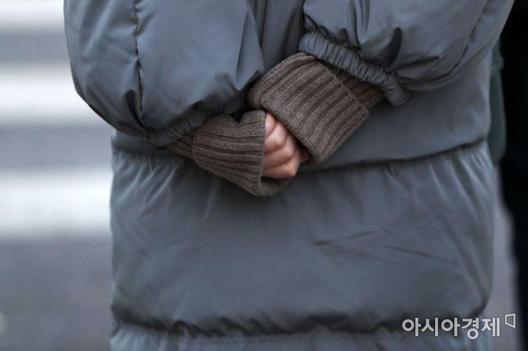 [포토]'장갑을 두고 왔네'