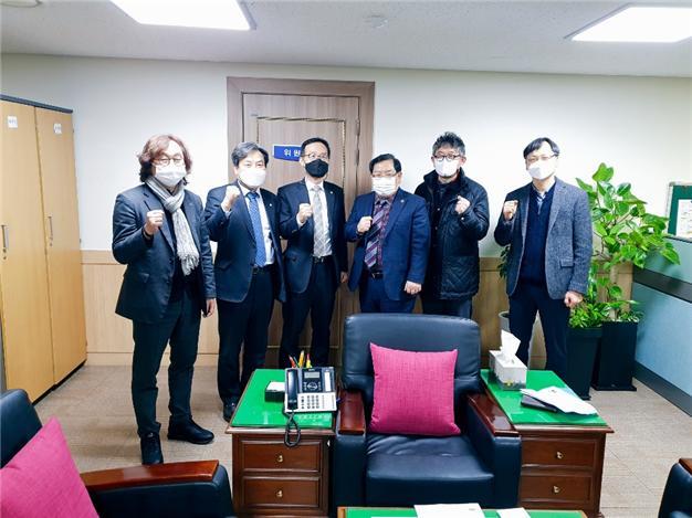 서울시의회 김희걸 도시계획관리위원장, 서울도시건축비엔날레 회원단체장들과 간담회 개최