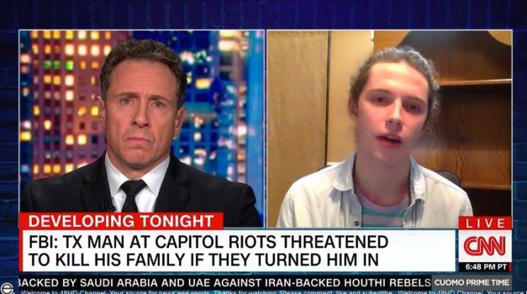 24일(현지시간) 미국 매체 CNN은 워싱턴DC 의사당 난입 사건에 가담한 아버지 가이 레피트를 FBI에 신고한 아들 잭슨을 인터뷰하고 있다./사진=CNN 방송 화면 캡쳐