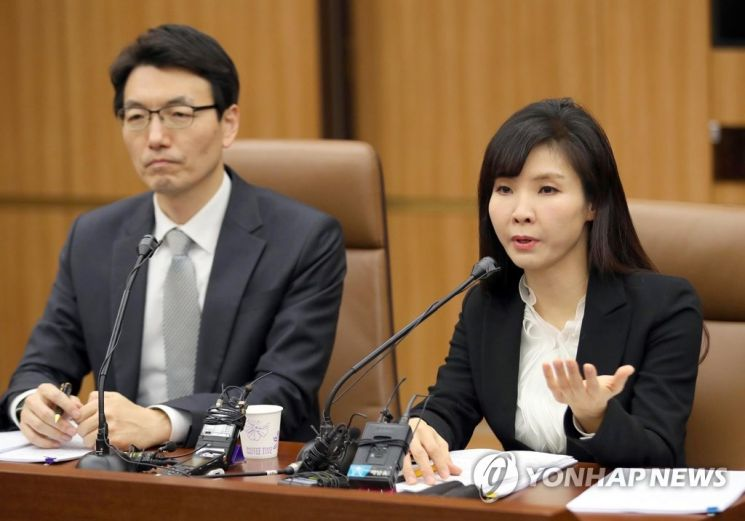 서지현 검사(오른쪽) / 사진=연합뉴스