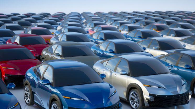 [車스토리]차 사겠다는 사람 많은데…없어서 못파는 현대차