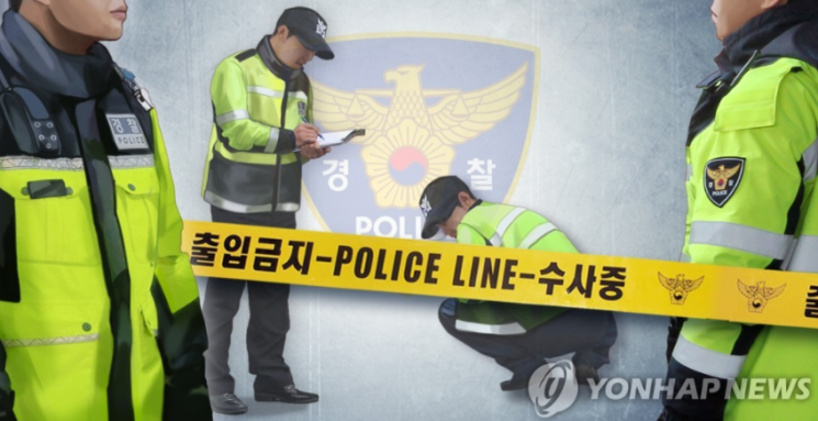 26일 인천의 한 아파트에서 부패한 남성의 시신이 발견돼 경찰이 수사에 나섰다. 사진은 기사의 특정 표현과 무관함. [이미지출처=연합뉴스]